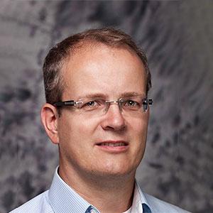 Dr. med. Bernd M. Hölper